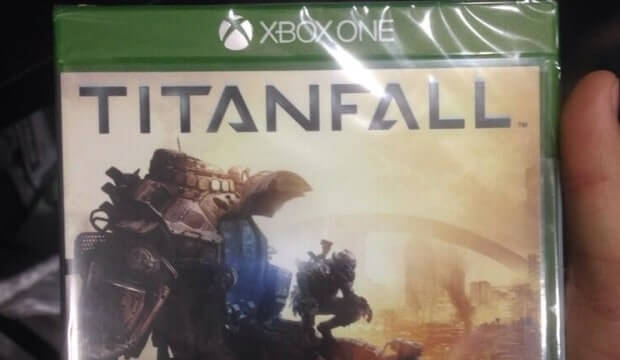 Front, back & inside images of Titanfall Xbox One case – confirms 20GB storage required – UPDATED: inside image